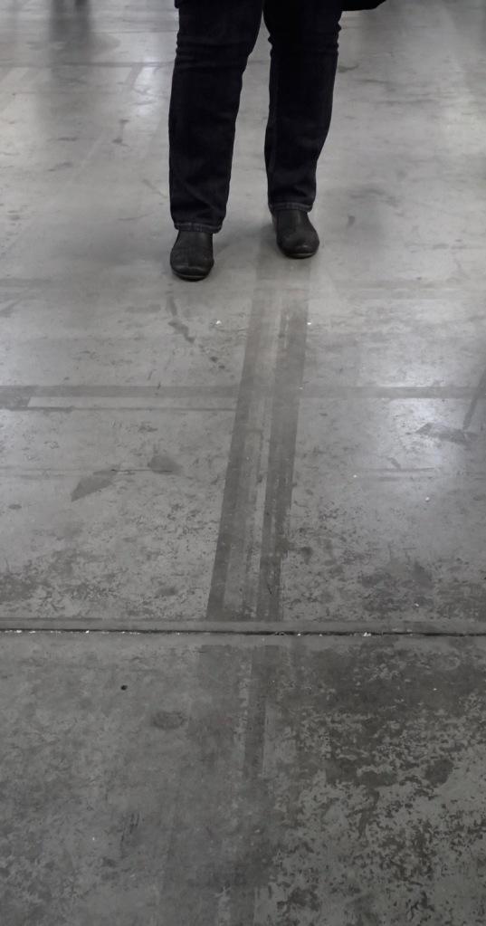 feetlongline